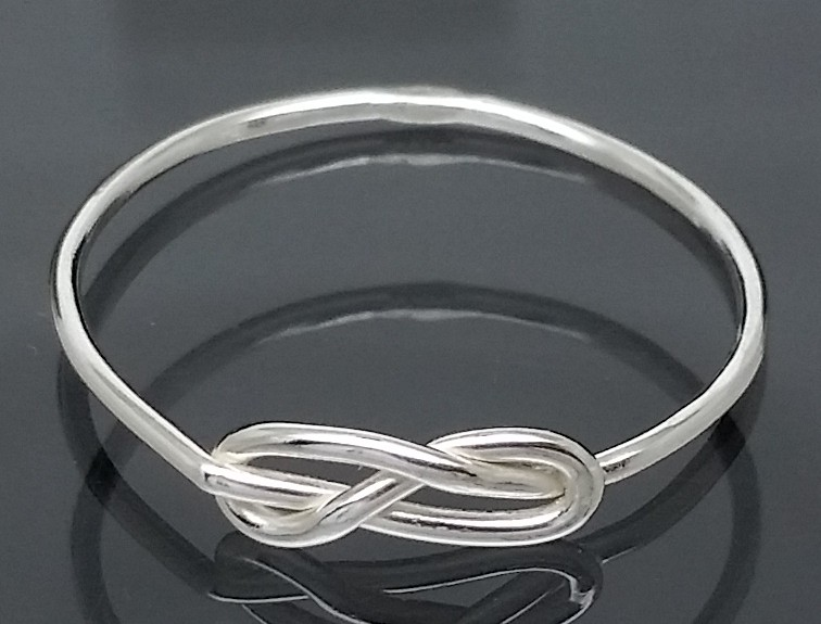 Sterling Silver INFINITY KNOT RING SIZE 7